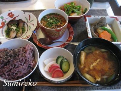satoukenoshokutaku1.jpg